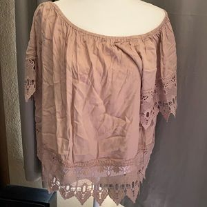 Women's beige crinkle top with lace accents